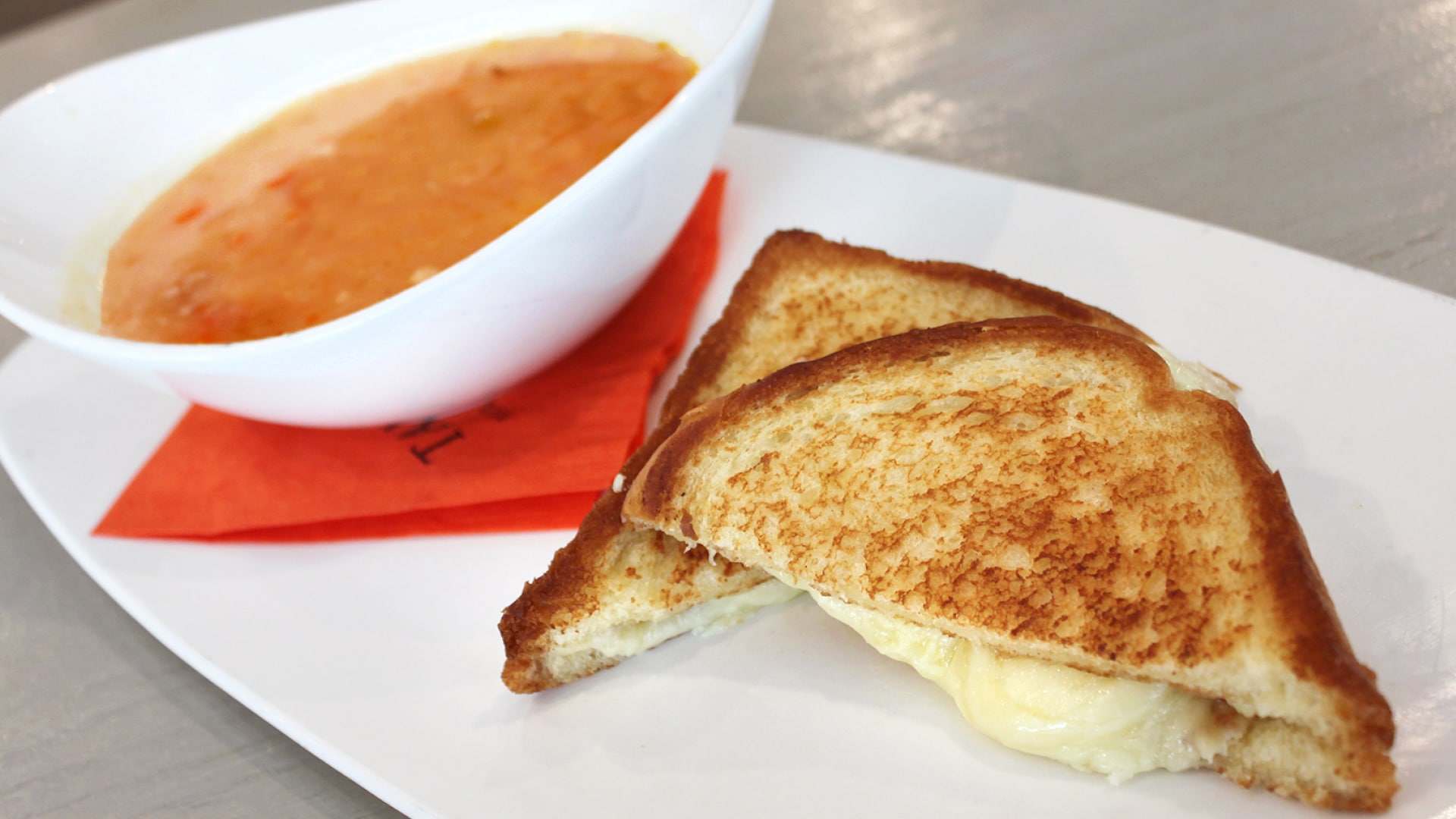 Grilled-Cheese-Soup-Special